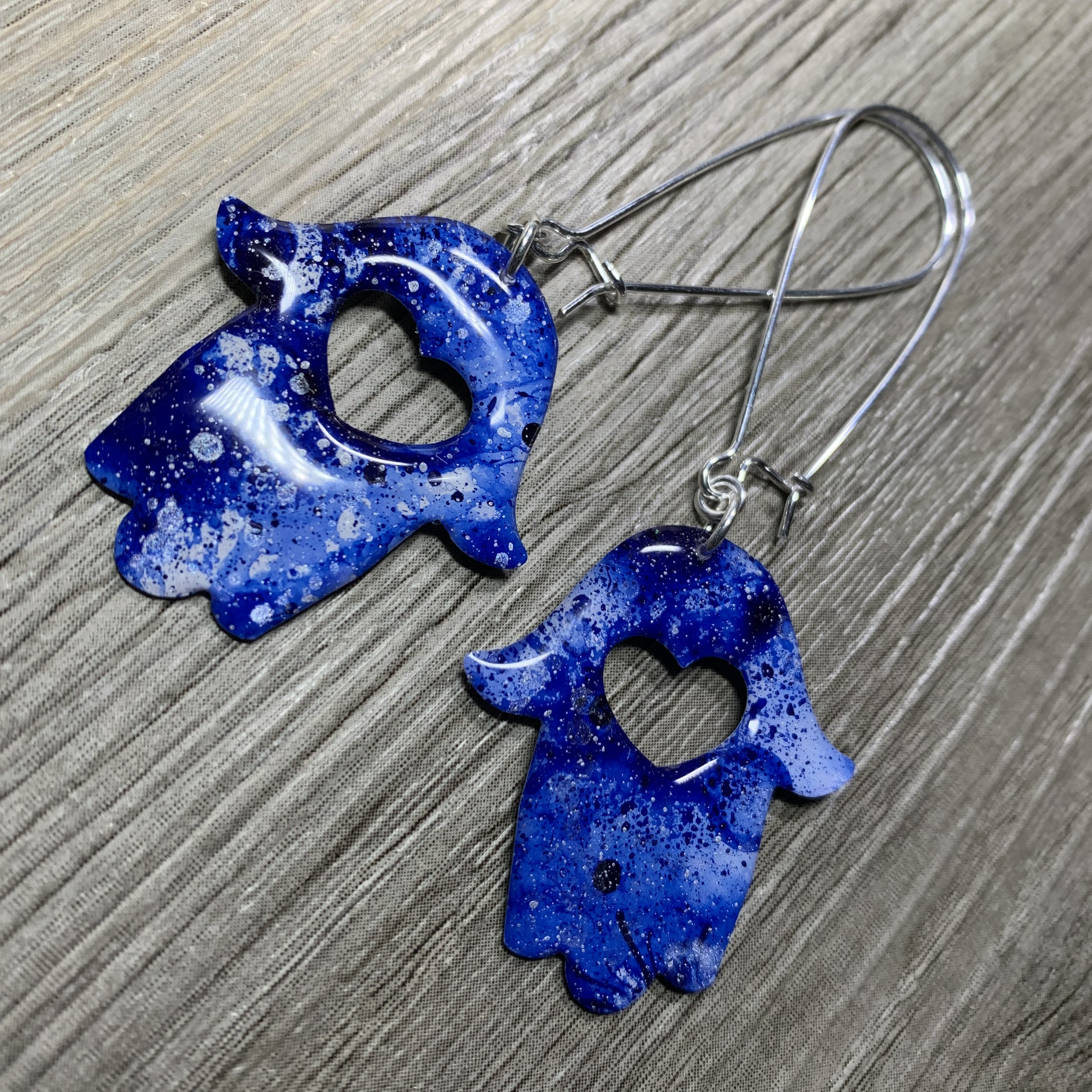 bluehamsahearearrings