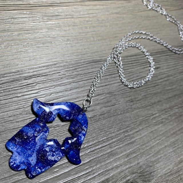 bluehamsastarofdavidpendant necklace